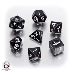 ClassicRPG Dice Black/White(7)