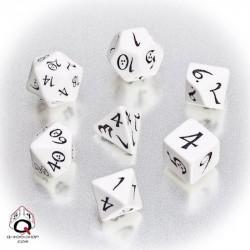 Classic RPG Dice White Black(7)
